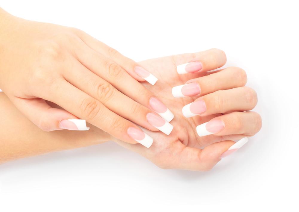 Что такое френч-наращивание ногтей?