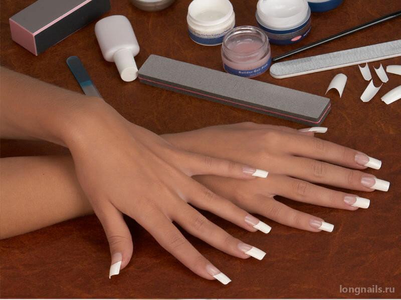 Что лучше: типсы или формы для наращивания ногтей?